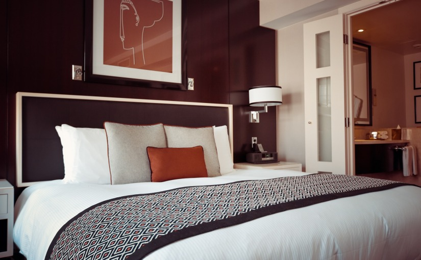 10 Ways To Save on HotelCosts