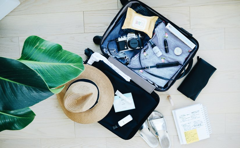 10 Items to Bring for Eco-FriendlyTravel